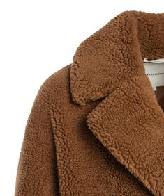 Beaumont langervallende teddy jas