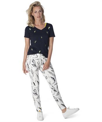 BeOne V-hals shirt 'blaadjes'