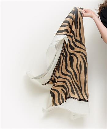 Fraas shawl dierprint