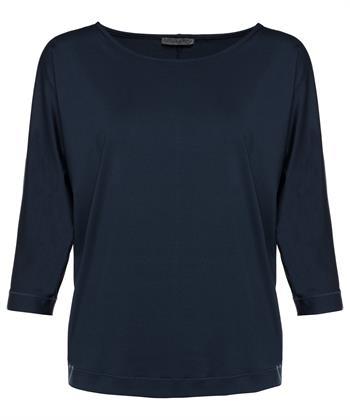 Giulia e Tu shirt travelwear