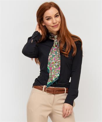 Japan TKY blouse Ayaka