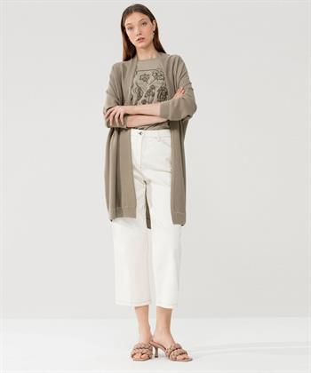 Luisa Cerano openvallend vest wol