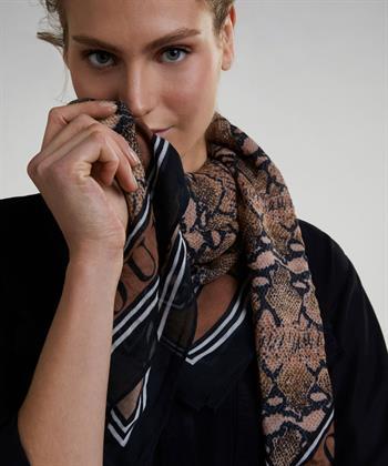 Oui shawl snakeprint